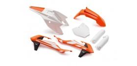 Plastic parts set